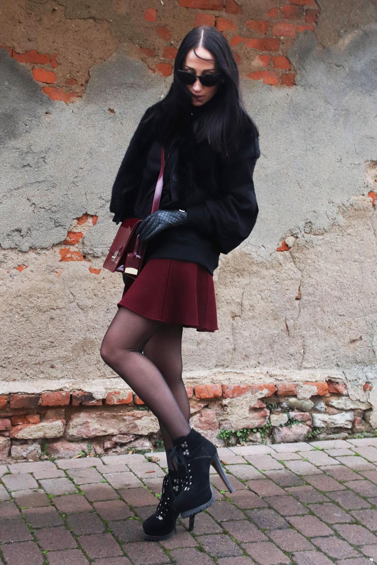 Edle Farbkombi in Bordeaux und Schwarz