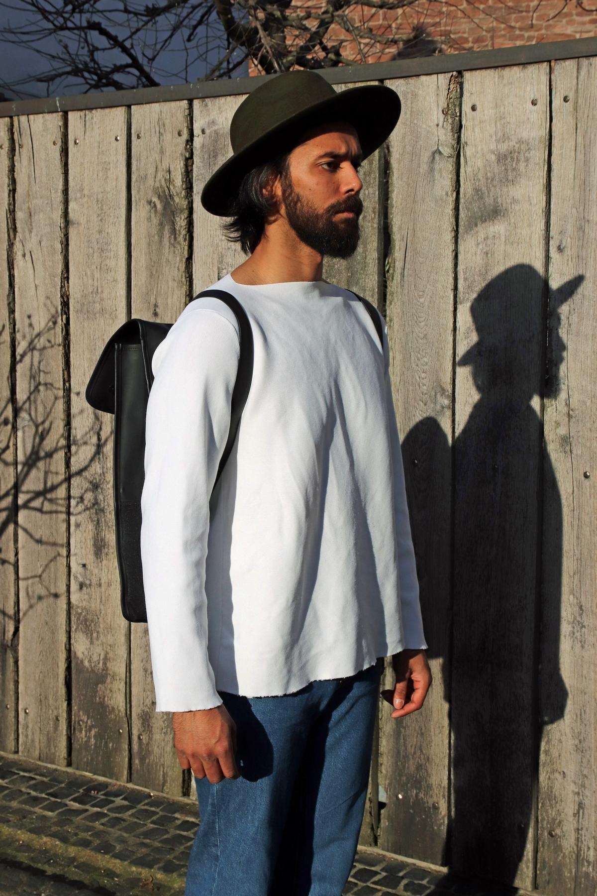 Minimalismus mit Hut spricht für sich selbst