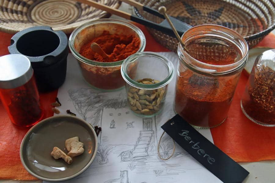 Read more about the article Afrikanische Gewürzmischung Berbere einfach selbermachen in 20 Minuten